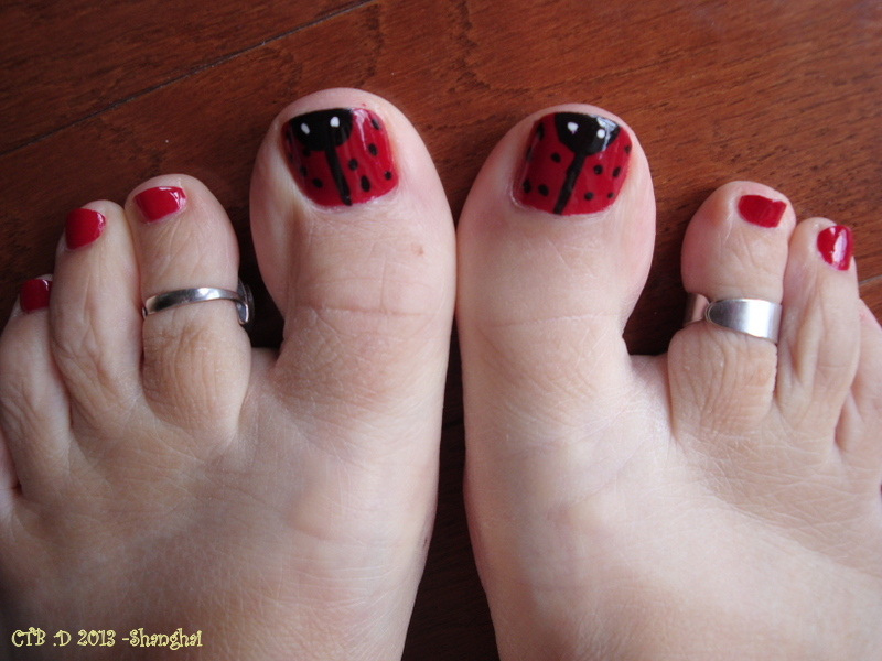 pedicure designs | Canadian Travel Bugs