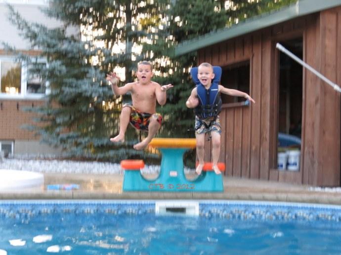 1, 2, 3.... splash!